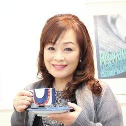 画像1: 歌手 金沢明子 ロマネスク珈琲
