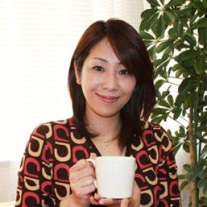 画像: 声優・女優 岡本麻弥 maya's coffee